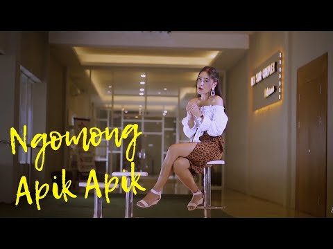 Vita Alvia - Ngomong Apik Apik - Koplo ( Official Music Video ANEKA SAFARI )