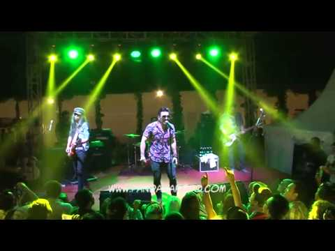 Naif - Posesif Live Performance Gokil!