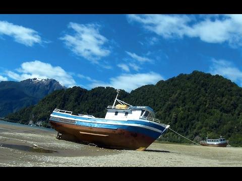 Balneario Media Luna Puerto Cisnes Chile #28