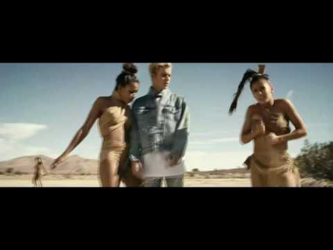 Justin Bieber - 2U (Music Video)