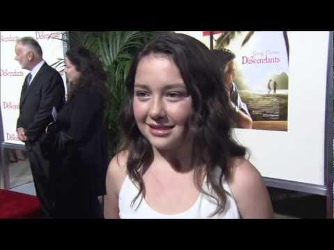 Amara Miller  at 'The Descendants' Premiere