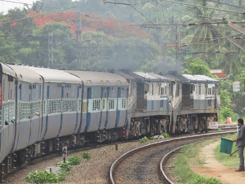 Mumbai Kochi Full Journey by Arabian Sea: LTT Kochuvelli Superfast, Twin WDP3A