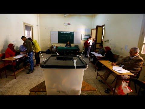 فيديو: المصريون يقترعون لليوم الثالث بالاستفتاء على تعديل الدستور…  - نشر قبل 36 دقيقة