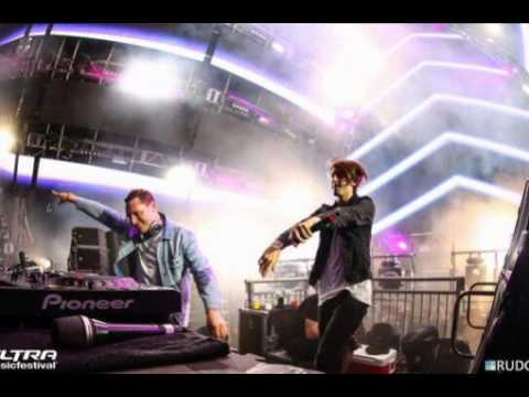 Tiesto & DallasK - Your Love (UMF ID)