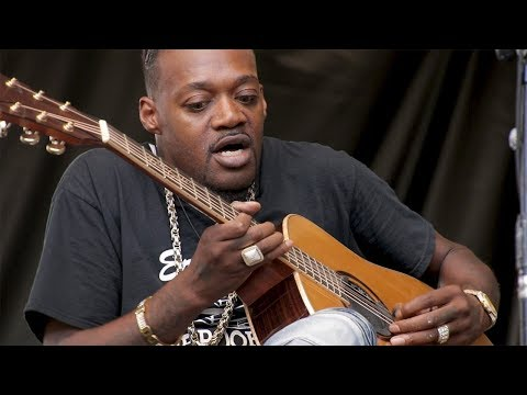 "Eric Gales - ""Southpaw Serenade""  (Live At The 2019 DIGF)"