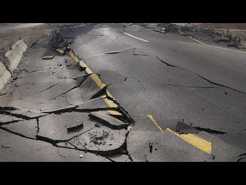 Землетрясение в Армении 2021 - попали на кадры