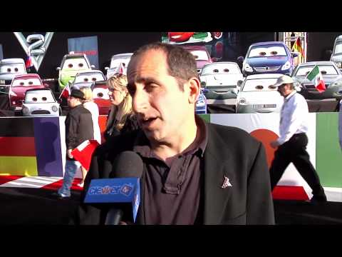 Peter Jacobson 'Car 2' Movie Premiere Interview