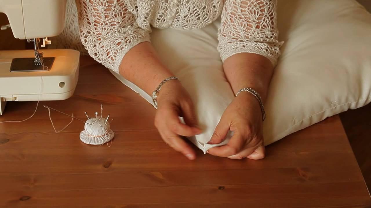 Самый простой способ сшить подушку своими руками (декоративные подушки для спальни и гостиной).