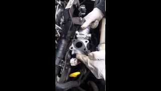 how to replace egr valve for toyota corolla verso 7 seater 2.2 diesel 2007 tutorial