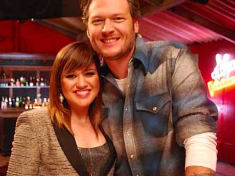 There´s a New Kid in Town - Kelly Clarkson and Blake Shelton (new Christmas song 2012!!)