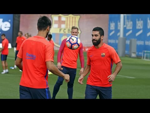 FC Barcelona training session: Light workout with Sporting clash looming