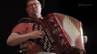 "Accordion and Cajon Improvisation, ""April In Helzinsky"""