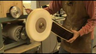 Luthier Tips du Jour - Buffing High Gloss Finishes - O'Brien Guitars