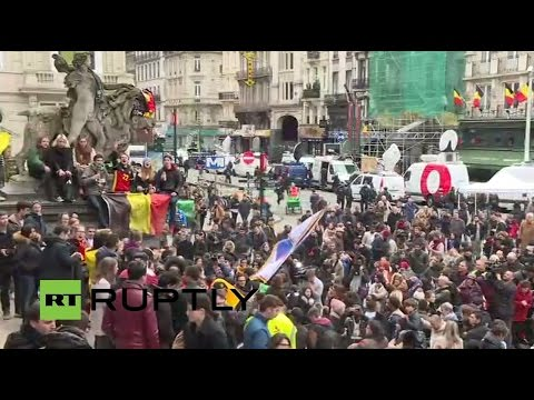 LIVE: Hundreds pay tribute to Brussels attacks victims on Place de la Bourse
