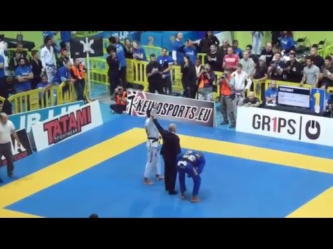 Felipe Pena vs Erberth Santos - IBJJF European Open 2016 - Black Adult - Open