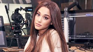 Video Ariana Grande Opens Up About Manchester In Beats 1 Interview download MP3, 3GP, MP4, WEBM, AVI, FLV Agustus 2018