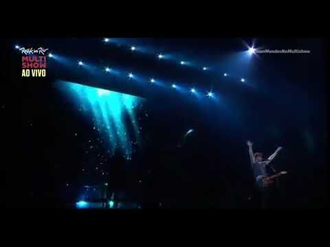 Shawn Mendes singing 'Use somebody' at Rock in Rio
