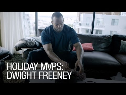 Holiday MVPs: Dwight Freeney Makes Good on Bad Cookie Session