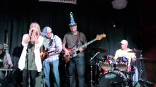 Amanda Ashley, Mike Brown, Amy Montrois, Jonathan Sheffer, Beau Ryan, Joe Jovaneli jamming