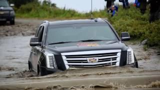 Топим люксовый внедорожник Cadillac Escalade на Баренцевом море
