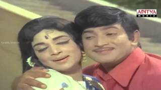 Viajaya Nirmala AV || Sri Sri Movie || || Krishna, Vijaya Nirmala