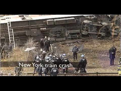 Train Crash in New York: Four People Killed and 63 Injured / Accidente Tren Nueva York [IGEO.TV]