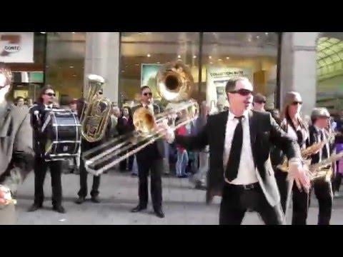 Видео, Russian flash mob in Hamburg - Русский Флешмоб в Гамбурге