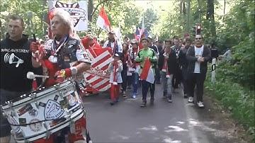 Tradition vs Kommerz 1.FC Kaiserslautern vs RB Leipzig Marsch