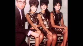 Watch Ronettes Keep On Dancing video