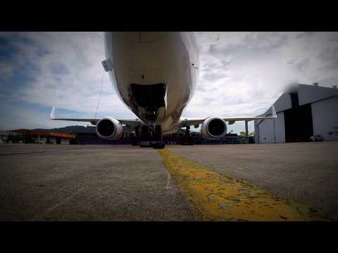 Boeing 737-900ER Start Up (High quality audio )
