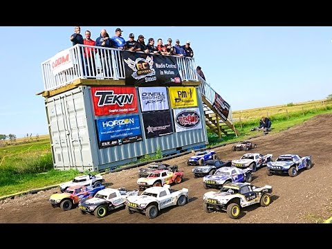 "RC ADVENTURES - 2015 ""BiG DiRTY"" Canadian Large Scale Offroad Race Highlight Reel - LOSi 5T & DBXL"