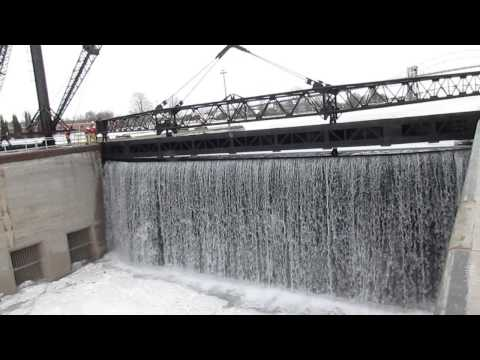 Watch St. Mary's River Rush Into Sault Ste. Marie's Poe Lock