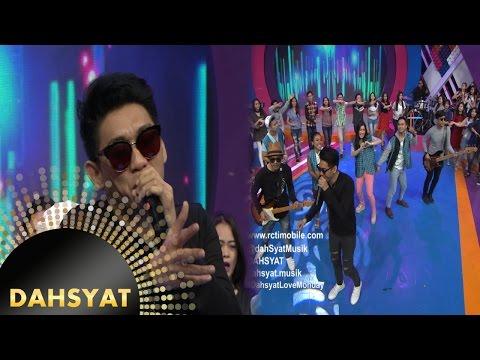 Seventeen mendendangkan lagu 'Aku Gila' [DahSyat] [10 Oktober 2016]