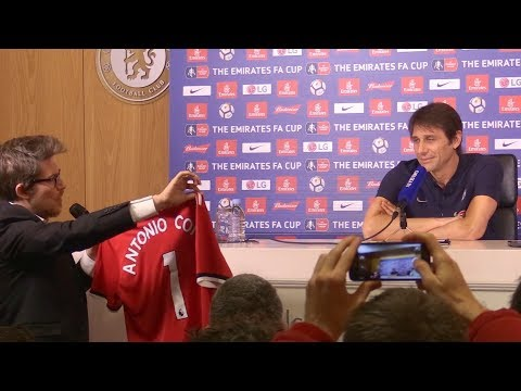 Antonio Conte Victim Of Press-Conference Prank By Italian Presenter!