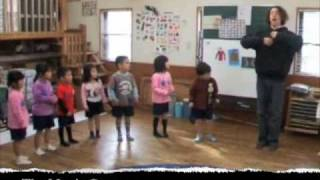 English clothing song for Kids. My shirt, jacket, socks, shoes... yeah !