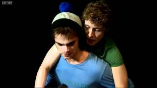 Piggyback Chat with the cast of Skins