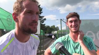 Jan Mertl a Lukáš Vejvara po výhře v 1. kole čtyřhry na turnaji Futures v Ústí n. O.