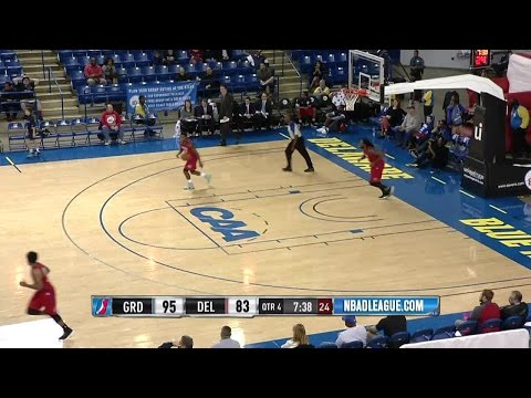Highlights: Cat Barber (22 points)  vs. the Drive, 11/29/2016