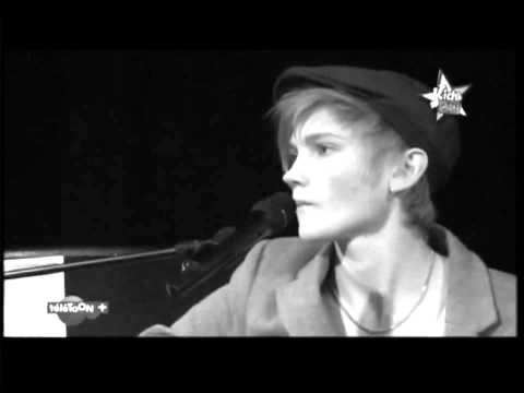 Caroline Costa & Ulrik Munther - Kill for lies/Je t'ai menti (French version)
