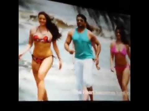 Samantha bikini scene new.