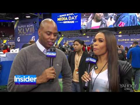 Michelle Williams Chats with Bruno Mars About His Superbowl XLVIII Performance