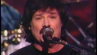 The Guess Who - No Sugar Tonight / New Mother Nature (LIVE) - Copps Coliseum, Hamilton, Ontario