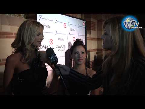 "Sophie Turner  Interview at Debbie Allen's ""OMAN, Oh Man!"" Opening Night Gala"