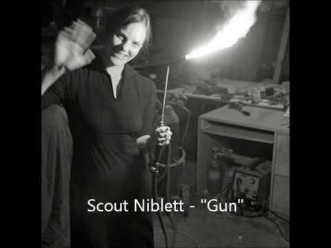 """Scout Niblett - """"Gun"""""""