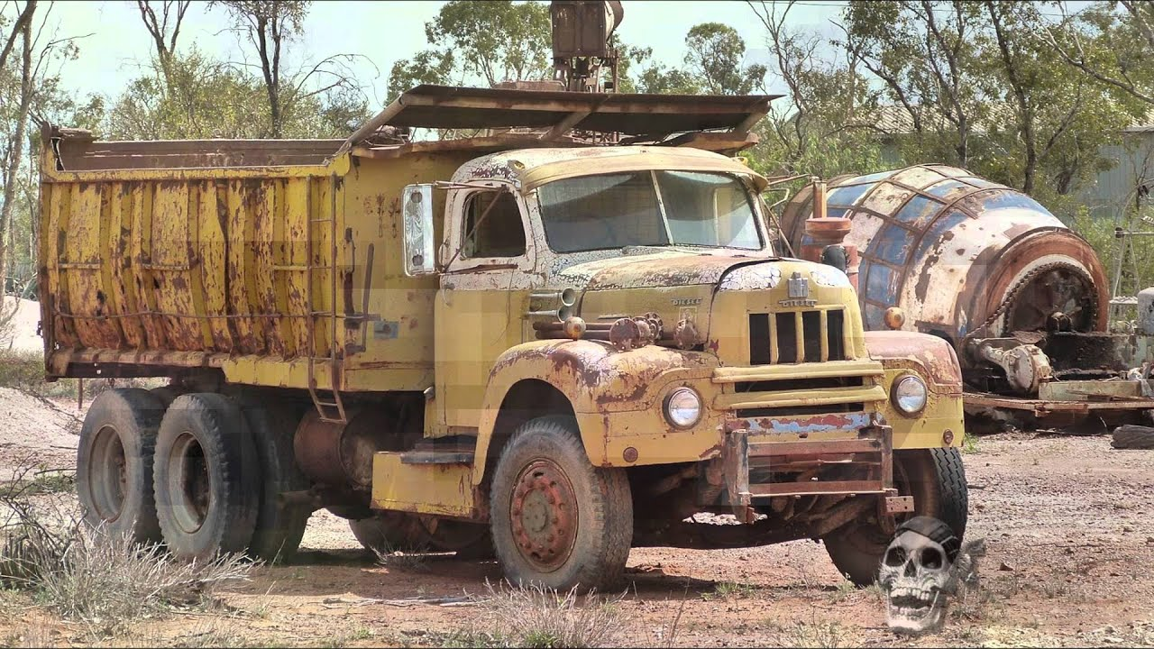 Abandoned trucks in America 2016. Abandoned old trucks. Abandoned ...