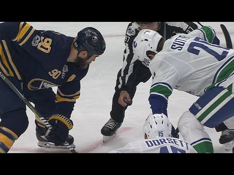 10/20/17 Condensed Game: Canucks @ Sabres