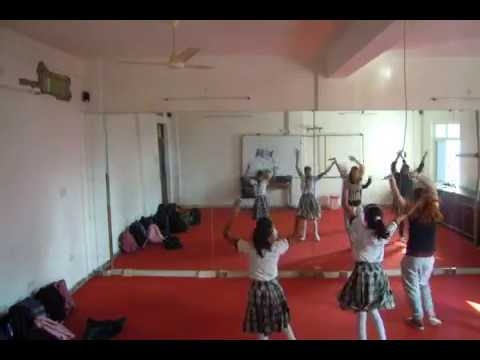 Hip-hop dance class in indian private school
