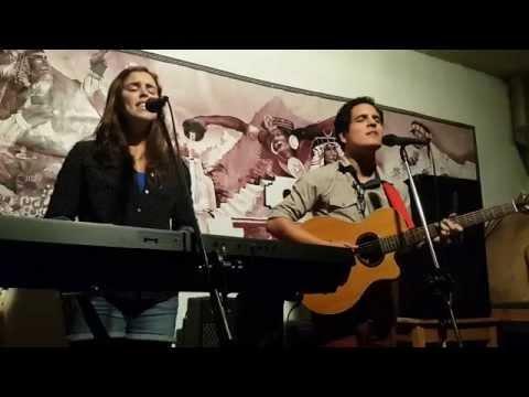 La Esencia - Alejandro y Maria Laura