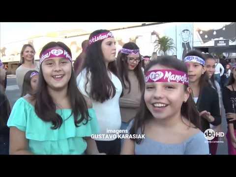 Show da Larissa Manoela reúne milhares de fãs em Florianópolis