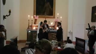Andrea Delogu canta Ambra al suo sposo  Francesco Montanari